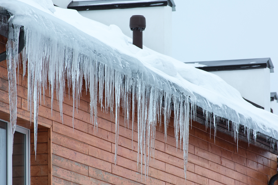Home Care Avon Lake OH: Winter Safety Tips Your Dad Needs to Follow